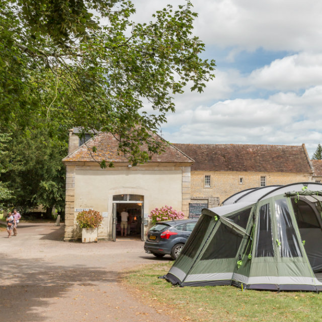 emplacement & réception camping