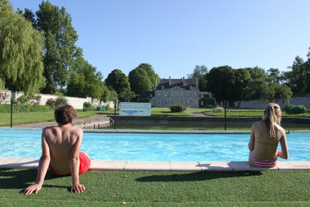 piscine vue chateau